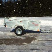 Remorque 54x97 Laroche en acier galvanisé côtés 21 po essieu 3500 lbs
