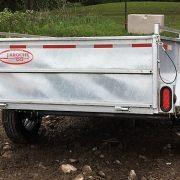 Remorque 5x8 en acier galvanisé Laroche côtés 21 po essieu 3500 lbs roues 14 po