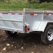 Remorque Laroche en acier galvanisé 5x8 côtés 21 po essieu 3500 lbs roues 14 po