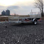 Remorque UG-68132 68x132 essieu 2500 lbs porte rampe Remeq