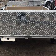 Remorque 4x8 en aluminium LED ancrages au plancher porte rampe pliante côtés 16 po