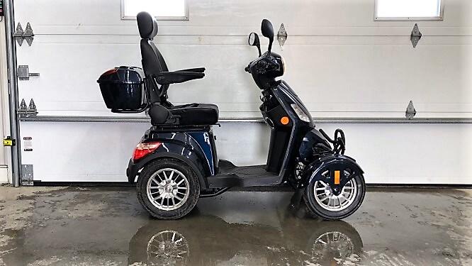 Quadriporteur Rickshaw 4X 500 watts 60 volts Bluetooth bleu
