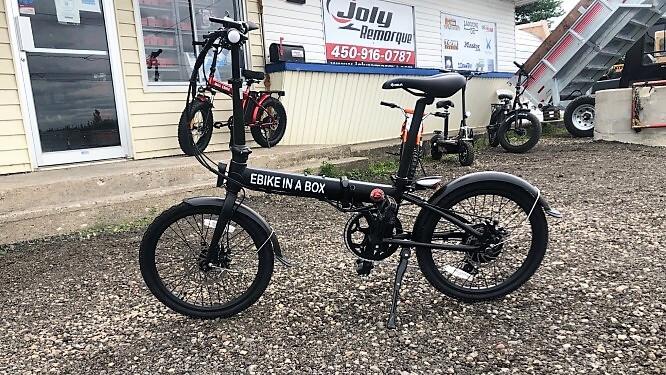 Vélo électrique Daymak ebikeinabox 36 volts 250 watts noir 41 lbs